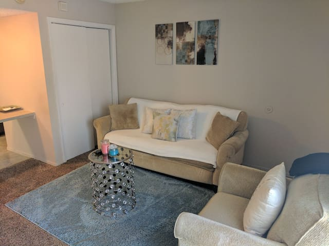Cozy 1 bedroom apartment in Edmond - Edmond - Appartement