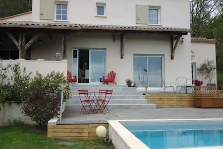 la maison du bonheur - Port-Sainte-Foy-et-Ponchapt