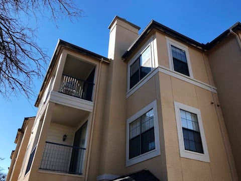 North Dallas/Plano Paradise Apartment
