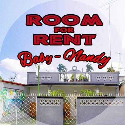 Baby & Nandy... i cancelli del giardino del re