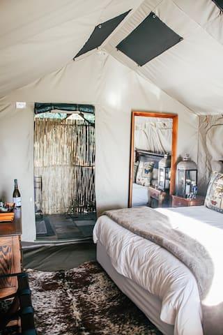 Sibani Glamping - Luxury Large Tents