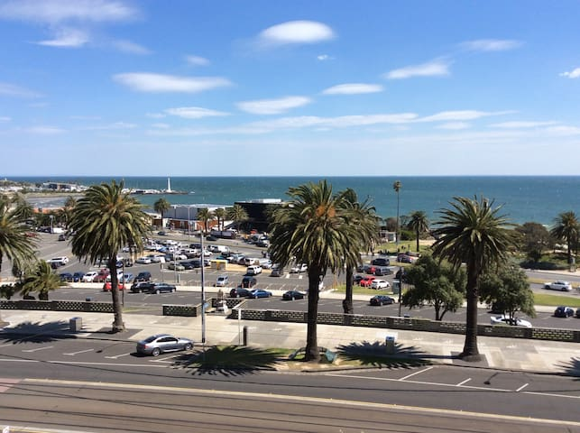 St Kilda Beach Panoramic View Apartment - Saint Kilda - Leilighet