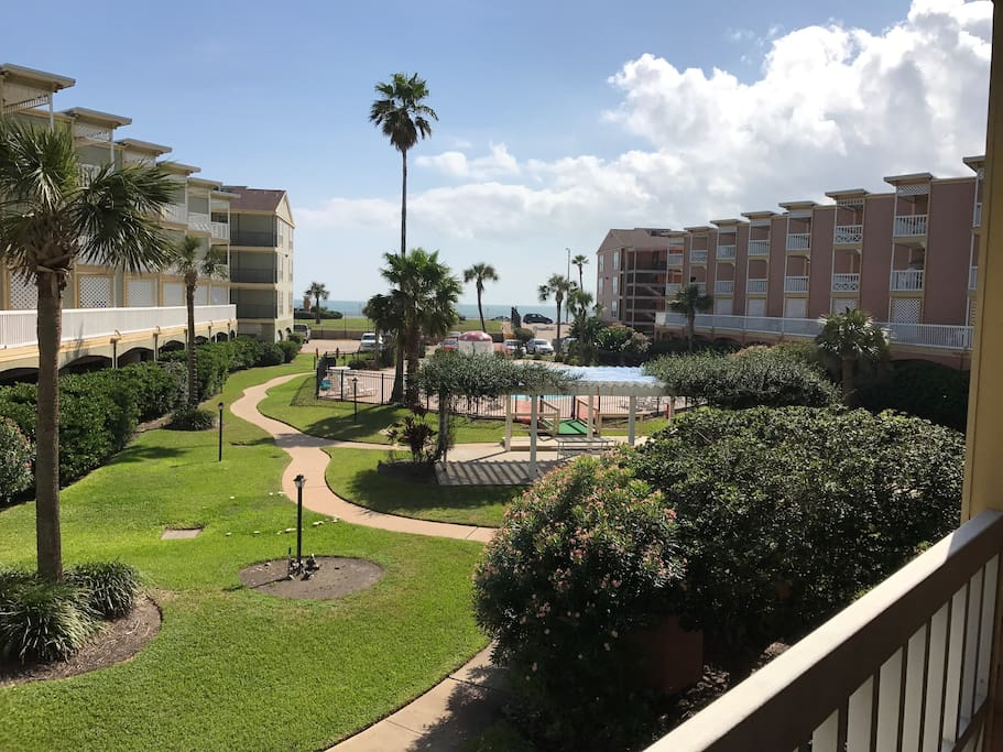 Anchors Away Seawall Condo Complete Remodel 2017 Townhouses For Rent In Galveston Texas