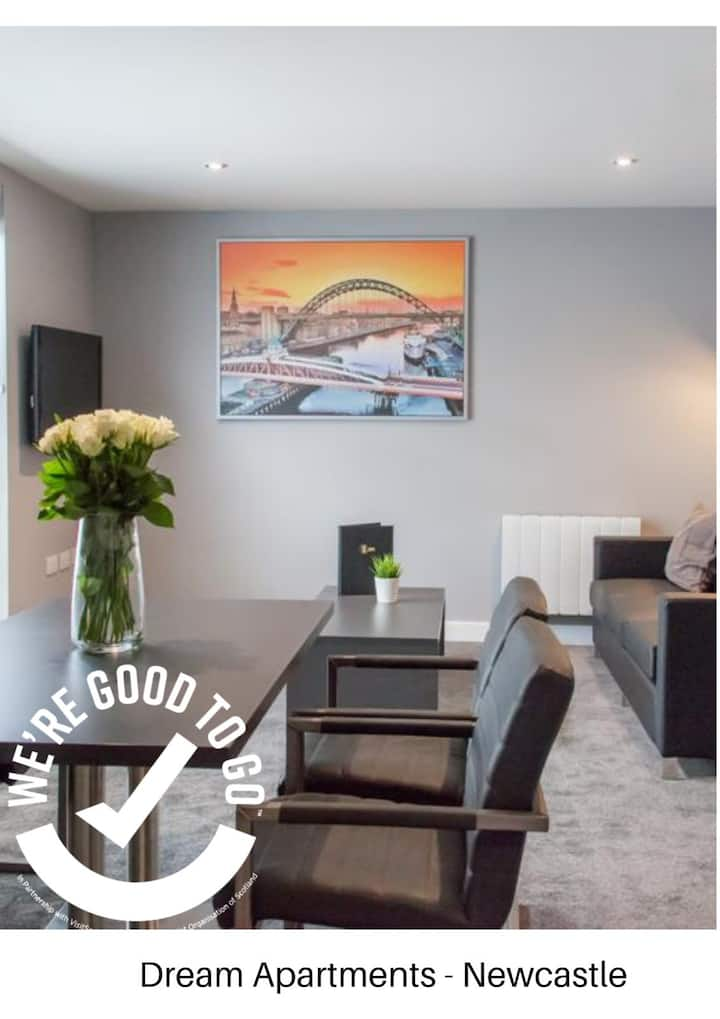 Central 1 Bedroom Apartment by the Quayside