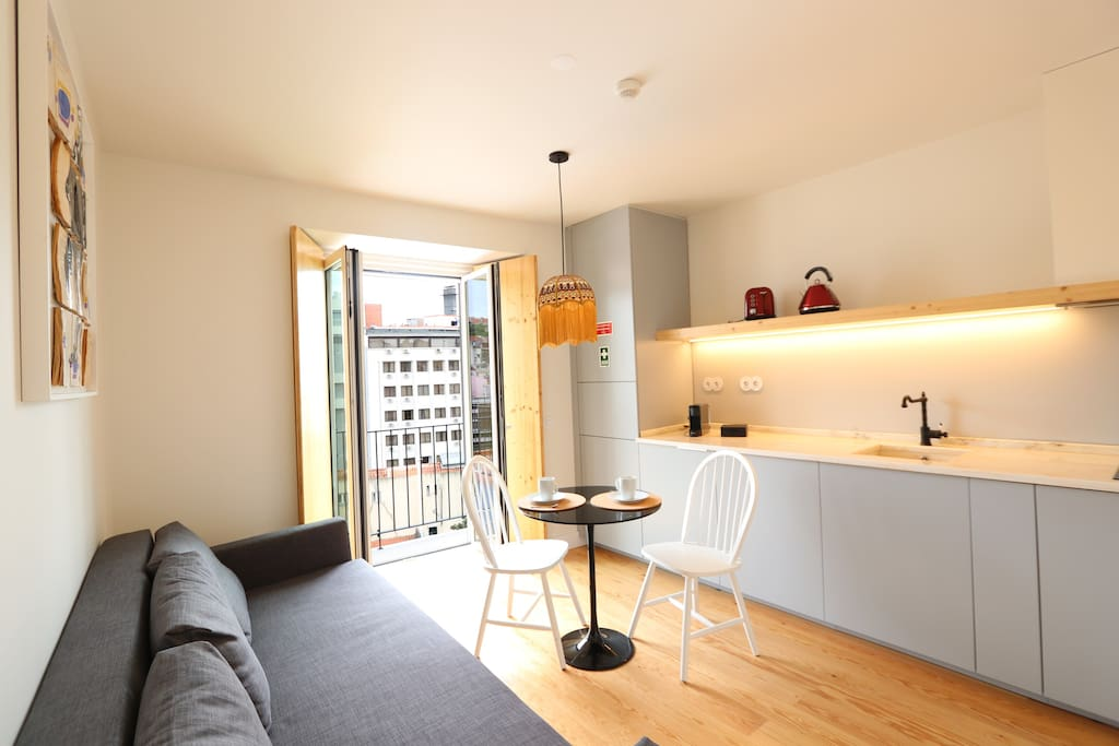 Fully equipped kitchenette with balcony