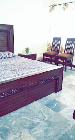 Furnished rooms in heart of islamabad