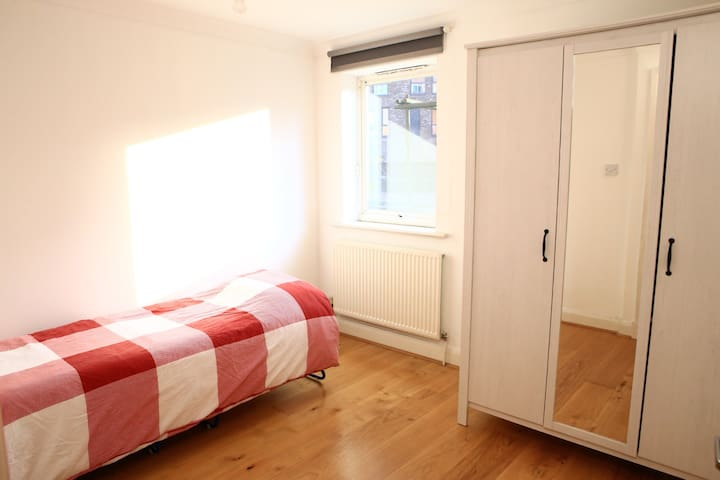 Single Bed (Also have very comfy double mattress that can be put on the floor if preferred - bed folds away)