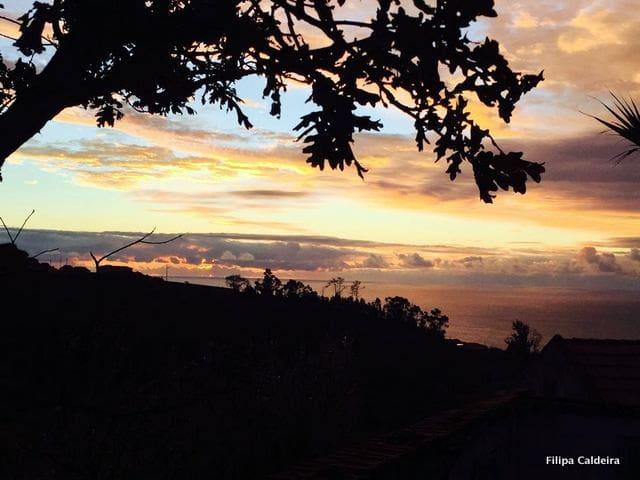 Casa da tia Catraia - mountain and sea views - Ponta do Pargo - 一軒家