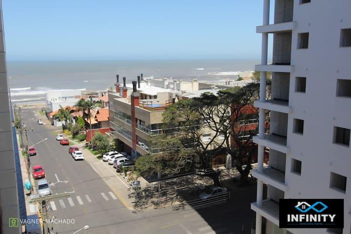01 Dormitório a uma quadra do mar! - Torres