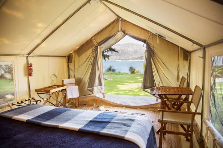 Stunning Glamping Denver Tents by the Lake