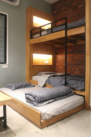 Studio type bunk bed with drawer bed at the living room