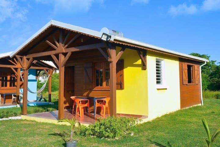 """le """"Ti Foufou des îles"""",   des bungalows tropicaux"""
