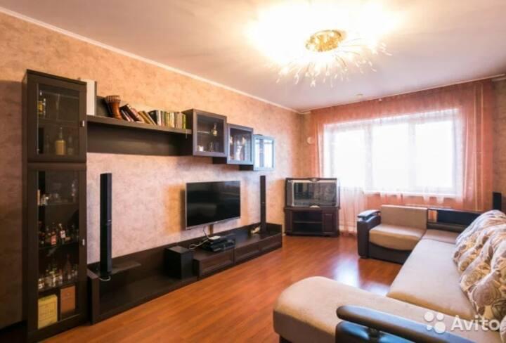 2 комнатная квартира на Толстого 21