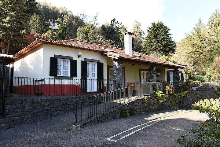 Casas de Pedra - The Magnolia
