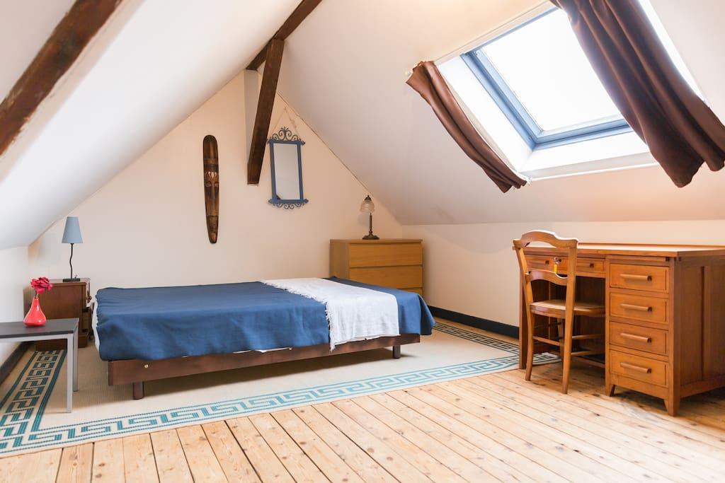 appartement en duplex 3 personnes grand volume flats for rent in le havre normandie france. Black Bedroom Furniture Sets. Home Design Ideas
