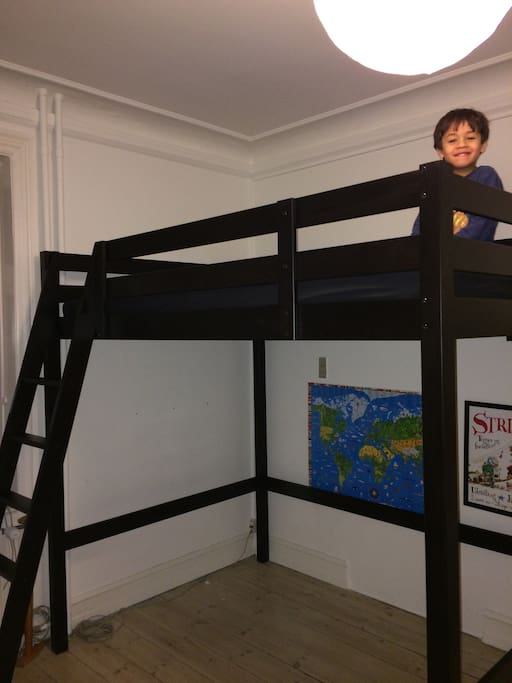 Childrens room. Bed is 120x200 meter - two teenager or a grown up with a kid can easily sleep there. We use it mostly for overnight guests
