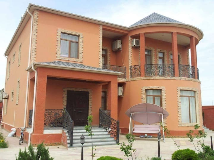 Villa Mayak