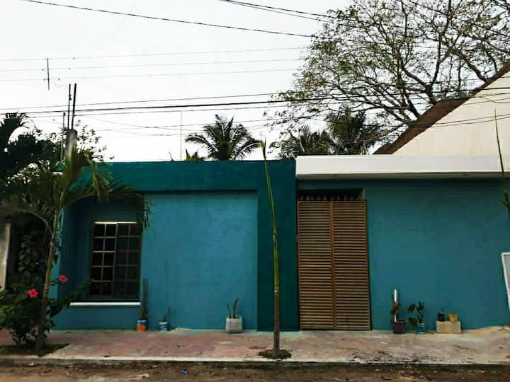 Casa céntrica a una calle de la laguna de Bacalar