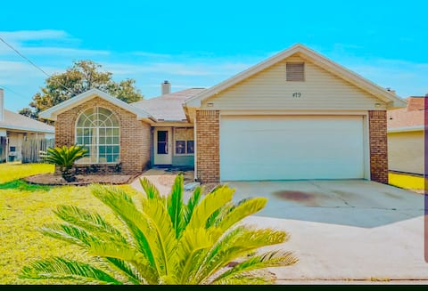★Cozy Home Near the Beach★ NO extra cleaning fees