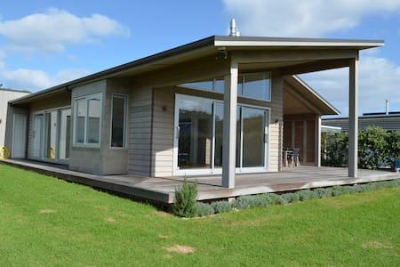 Matapouri - Matapouri