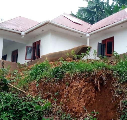 Lake Bunyonyi Community Rest House