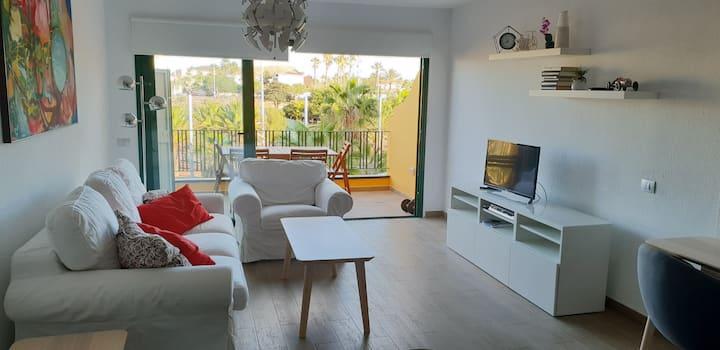 Perfect apartment in Costa del Silencio, Tenerife