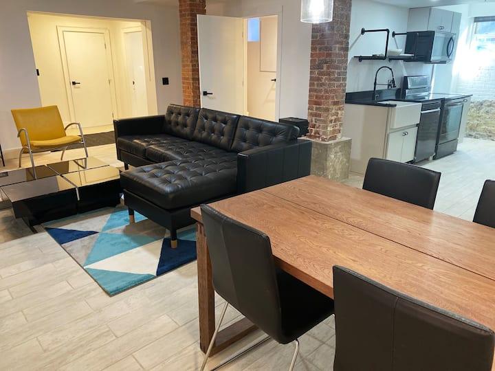 Ultra cool new modern flat