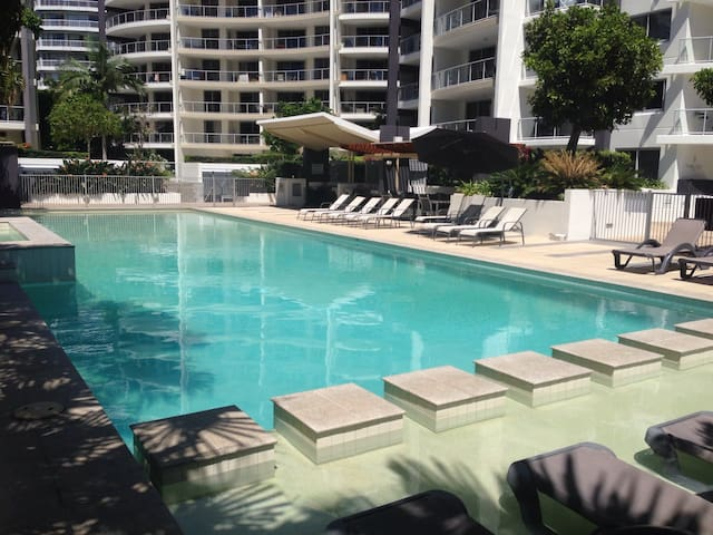 Surfers Paradise, Great location! - Surfers Paradise