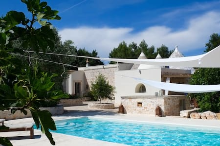 Trullo with salt water pool, Puglia - San Salvatore