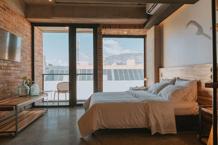 3450 Living 💥 Studio Flat 301 🌀A/C
