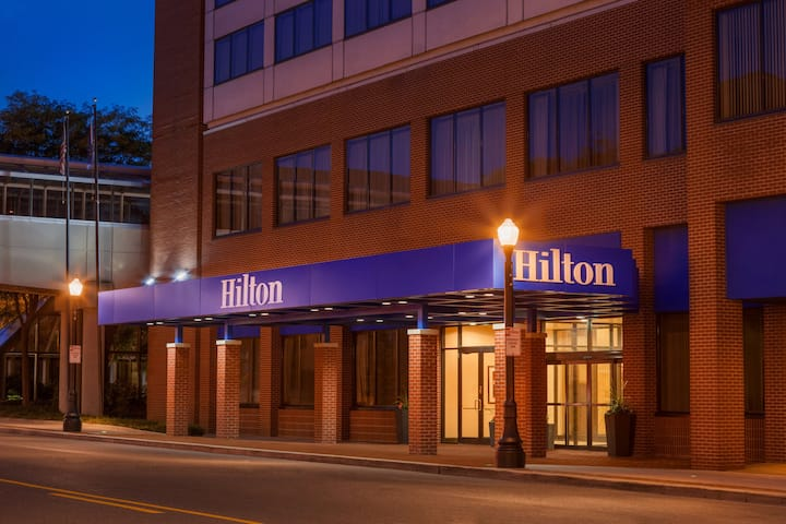 Hilton Fort Wayne at the Grand Wayne Center