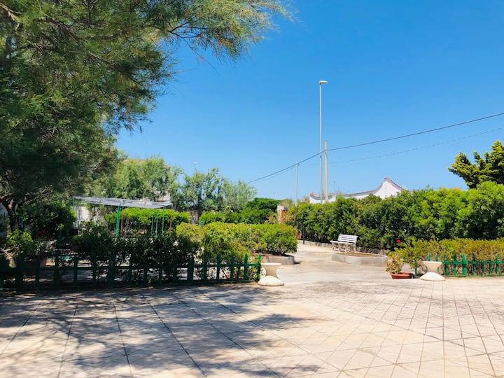 Salento- Puglia: Villa Auroka vicino al mare