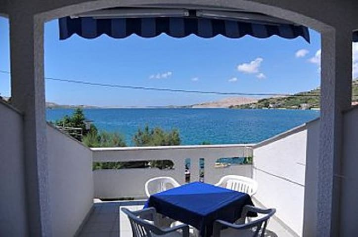 Studio apartment Draga SA1(4) Metajna, Island Pag