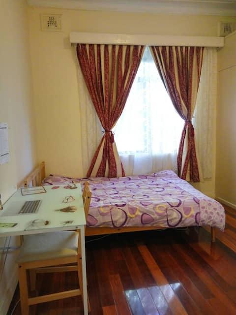4. Double bedroom near Auburn station