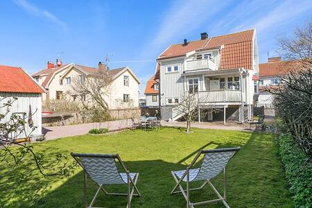 Cosy basement apartment in central Lysekil