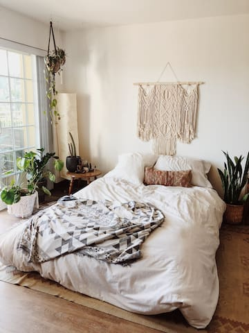 Cozy Boho Studio with Big Deck + City Views