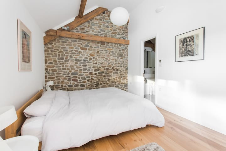 Master bedroom, spacious with super-king size bed (6ft) and en-suite shower room