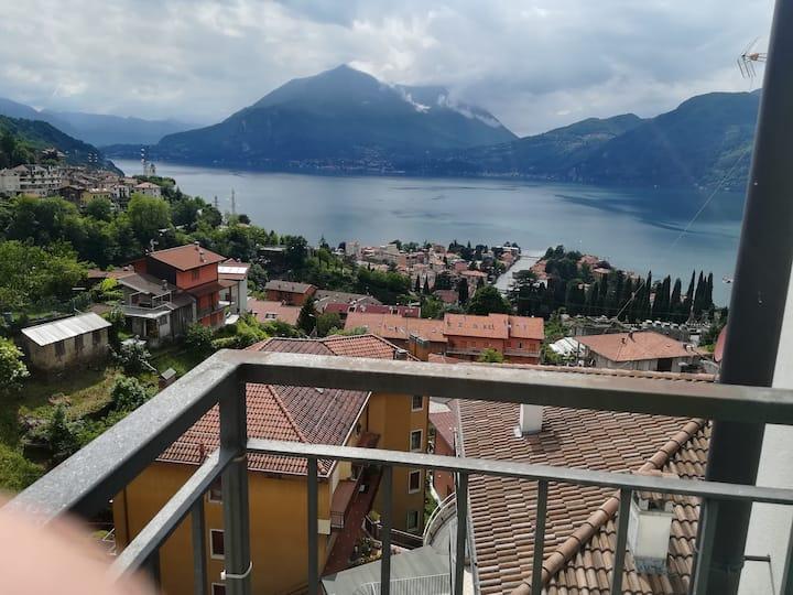 Attico di charme  sospeso sul lago di Como