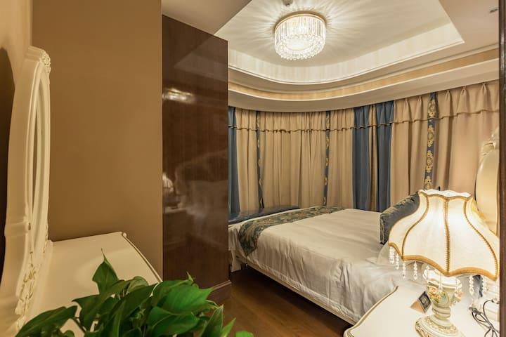 春熙路王府井、天府广场商圈高级环幕一室两厅套房 - Chengdu Shi - Apartamento