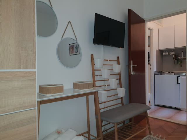 double bedroom and kitchen