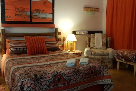 Aberdeen Self Catering - Namib Cottage