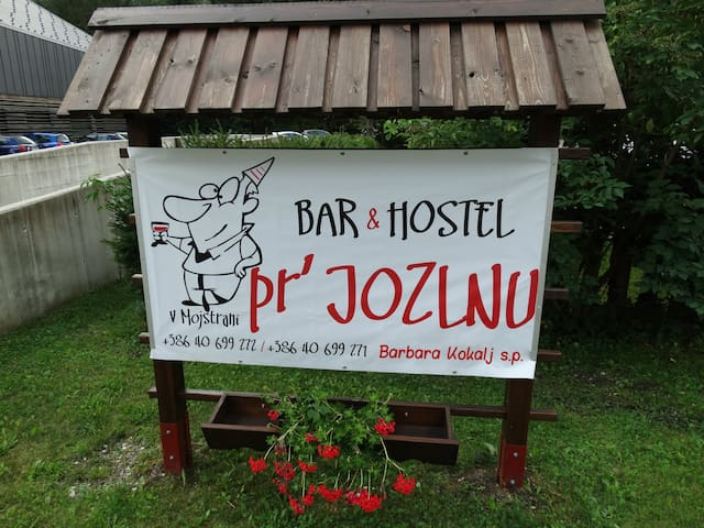 Bar & Hostel Pr Jozlnu - Mojstrana