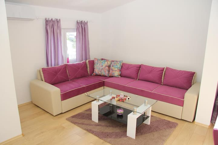 Amira - Apartment with Balcony (5) - Ivanica - Apartament