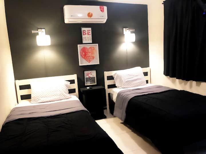 6 Comoda habitación doble, buena ubicación segura