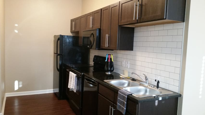 Beautiful studio apartment in Old Town / Downtown. - Wichita - Apartamento