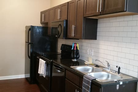 Beautiful studio apartment in Old Town / Downtown. - Wichita