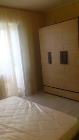 Уютная квартира посуточно или на длительный срок - Tolyatti - Apartment