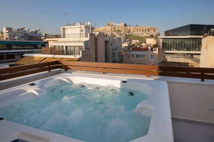 Acropolis Golden Suites Penthouse Maisonette byGHH