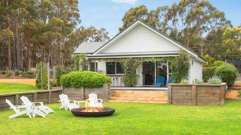 Kingfisher Grove Cottage