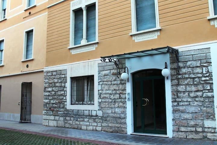 Monolocale riservato Brescia - Brescia - Byt